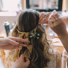 How to make your hair shiny before wedding day